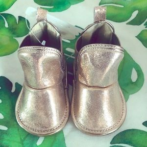 *3 for $15* NWT Little Me baby girl booties
